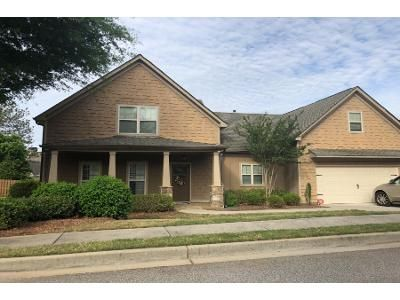 3.5 Bath Preforeclosure Property in Newnan, GA 30265 - Vanderbilt Pointe Ln