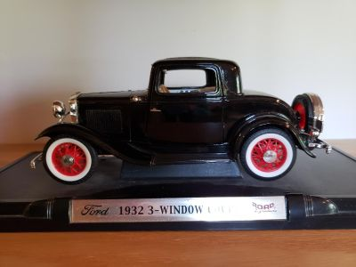 Certified Ford 1932 3-Window Coupe 12 Scale