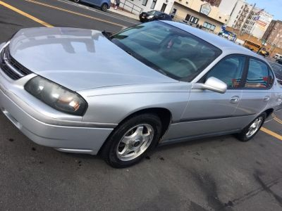 2004 Chevrolet Impala Base (Medium Gray Metallic)