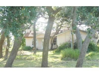 2 Bed 2 Bath Foreclosure Property in Rockport, TX 78382 - S Hood St
