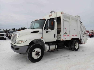 2012 International 4400 Heil Garbage Truck