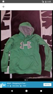 Under Armour size small