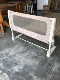 Adjustable baby save from falling off bed... free