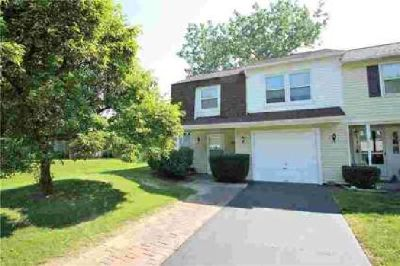 150 Willow Pond Penfield Two BR, SCHOOLS! This townhouse style