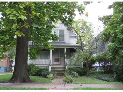 4 Bed 2 Bath Preforeclosure Property in Oak Park, IL 60302 - S Harvey Ave
