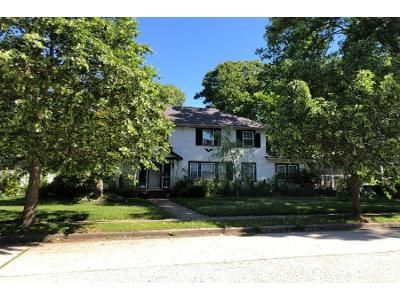 3 Bed 2 Bath Foreclosure Property in Freeport, NY 11520 - Evans Ave