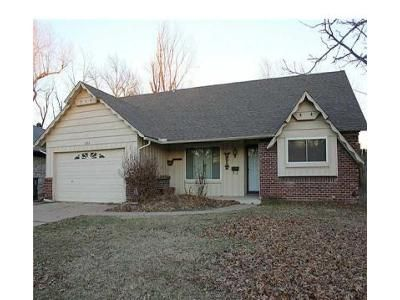 4 Bed 3 Bath Foreclosure Property in Tulsa, OK 74145 - S 90th East Ave