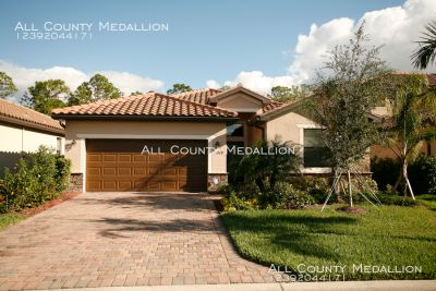 Available Now 4 Bedroom 3 Bath Home in Reflection Isles