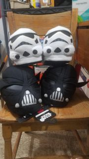 Star wars slippers tag says large 10 /11