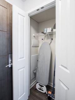 $6180 1 apartment in Bethesda