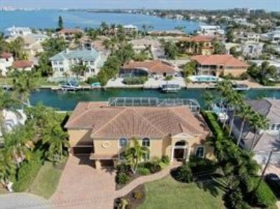 LONBOAT KEY EXTRAVAGANZA ESTATE SALE