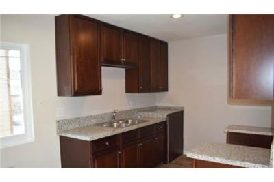 - 2 Bedroom/1 Bathroom - Renovated - Wood Floor.