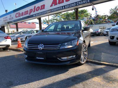 2015 Volkswagen Passat 4dr Sdn 1.8T Auto Sport PZEV (Urano Gray)