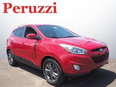 2015 Hyundai Tucson GLS (Garnet Red)