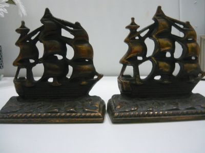 Bookends pair
