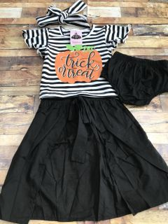 Fly away skirt outfit
