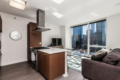 $2300 studio in Downtown