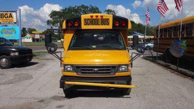 2003 Ford Thomas 5 Row Cutaway School Bus