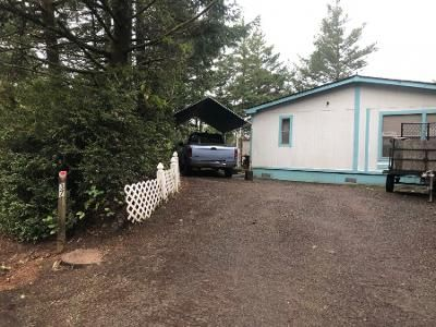 2 Bath Preforeclosure Property in Florence, OR 97439 - Easy St