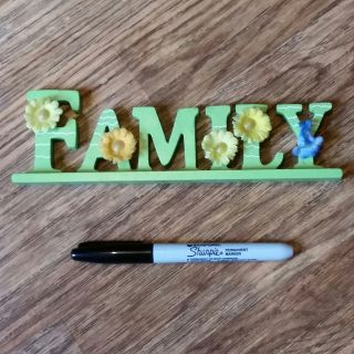 """""""FAMILY"""" wood sign very cute"""