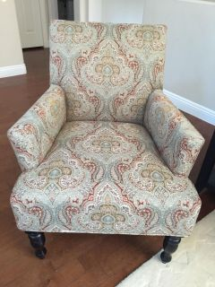 Patterned Sofa Chair