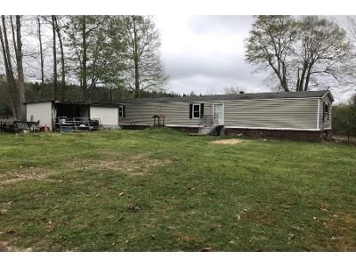 3 Bed 2 Bath Foreclosure Property in Poplarville, MS 39470 - Lost Lake Rd