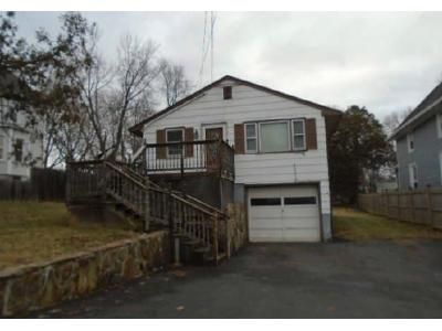 3 Bed 1 Bath Foreclosure Property in Meriden, CT 06451 - Graveline Ave