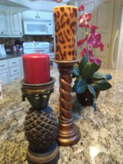 Set of 2 DESIGNER Candle holders FREE new candles