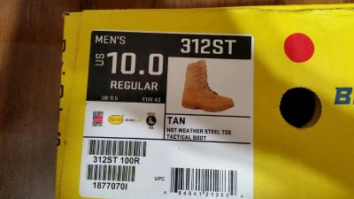 Mens Boots Size 10