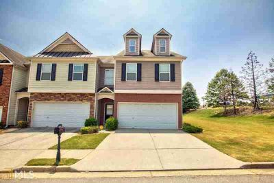 56 Providence Oak Ct LAWRENCEVILLE Three BR, Great End Unit in