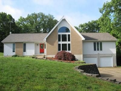 4 Bed 4 Bath Foreclosure Property in West Plains, MO 65775 - Farrell St