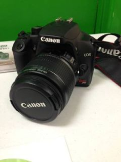 Canon Camera w Kit and Extra Lens