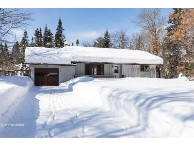 2 Bed 2 Bath Foreclosure Property in Land O Lakes, WI 54540 - Little Portage Lake Rd