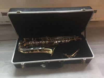 Student Yamaha alto saxophone