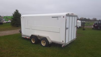 2002 Loadmaster Utility Trailers V8014 - TWO PLACE ENCLOSED TRAILER Utility Trailers Kaukauna, WI