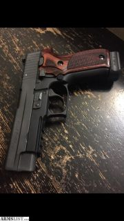 For Sale: Sig p226 .40