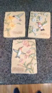 Hummingbird plaques lot of 3 hangs by hook on back