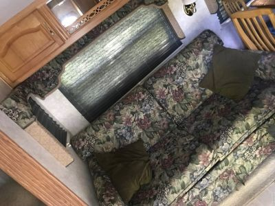 2003 Hitchhiker II 32 , 2 slides, washer/dryer hookup