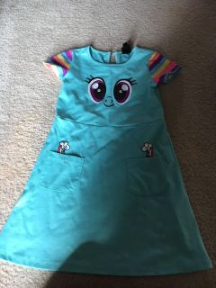 My little pony size 5 small stain on front