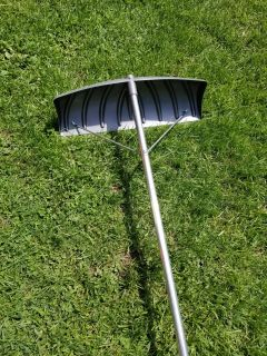 Roof snow removal shovel Get it while it is cheap