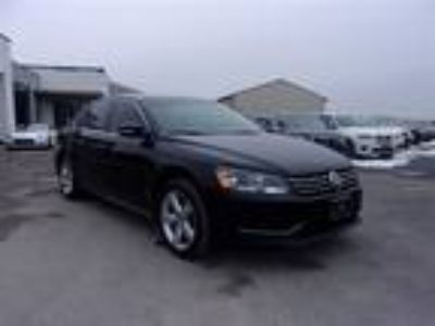 Used 2013 VOLKSWAGEN PASSAT For Sale