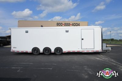 2019 inTech 30' iCon Race Trailer