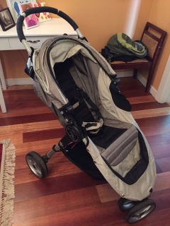 City select mini stroller w rain cover and adapter