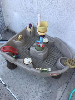 Water table *FREE*