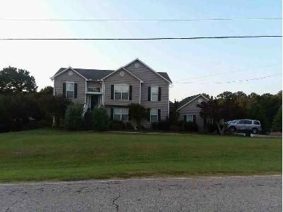 5 Bed 4 Bath Foreclosure Property in Valley, AL 36854 - Lee Road 374 Lot 380