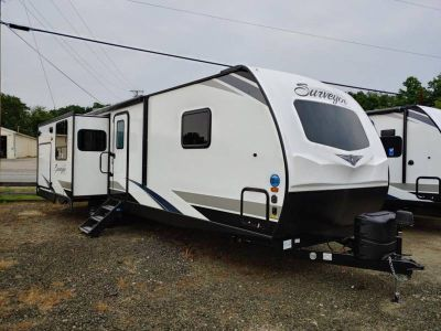 2020 Forest River Forest River Surveyor Luxury 33KRLOK