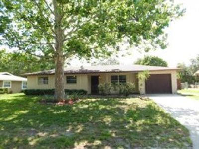 GREAT LOCATION 3/2 HOME THAT IS ONE BLOCK AWAY FROM GARDEN GROVE ELEMENTARY NEAR LEGOLAND