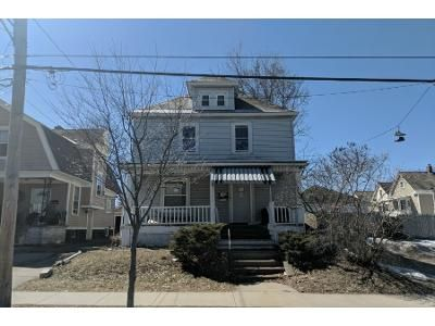3 Bed 2 Bath Preforeclosure Property in Schenectady, NY 12304 - Bradley St