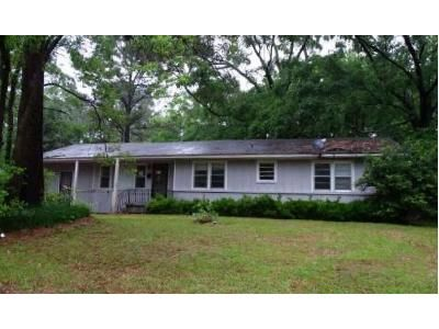 3 Bed 2 Bath Foreclosure Property in Jackson, MS 39206 - Meadowlane Dr