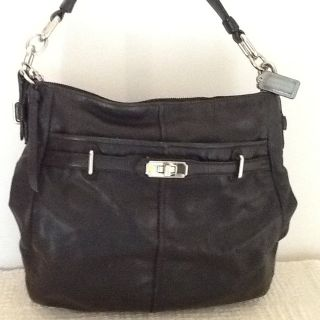 COACH authentic purse handcrafted by coach in genuine leather